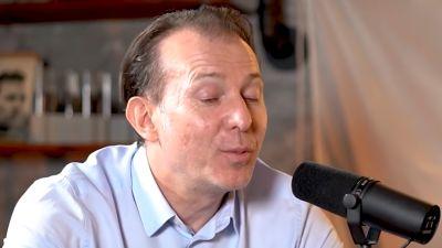 Florin Cîțu pare că încearcă prin toate mijloacele de a ajunge președintele Partidului Național Liberal